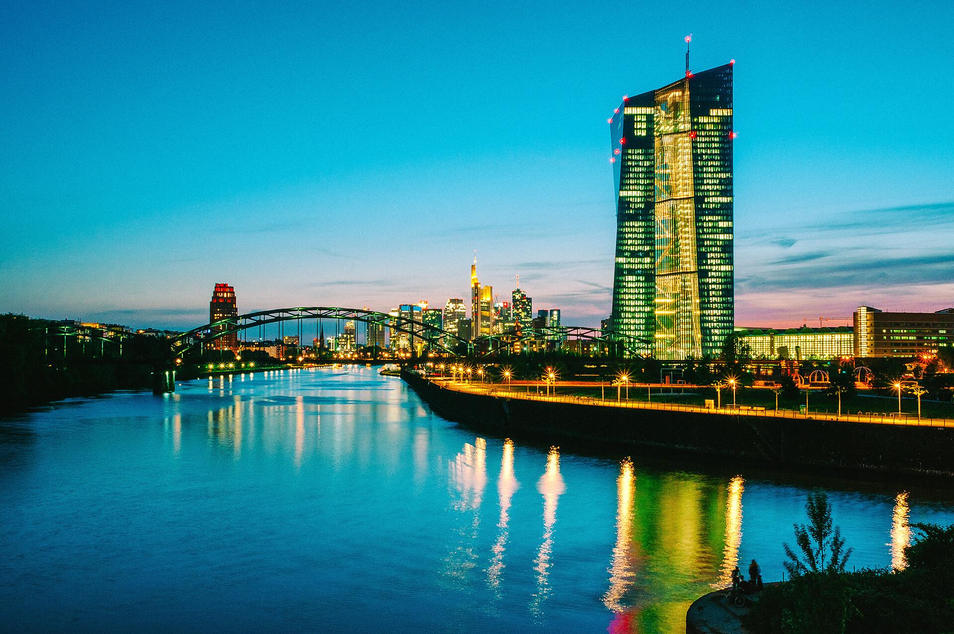 germany-frankfurt-night-blue-architecture